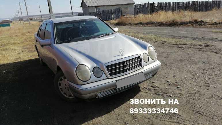 Mercedes-Benz E-Class, 1998 год, 240 000 руб.