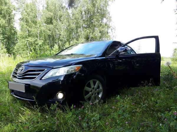 Toyota Camry, 2010 год, 817 000 руб.