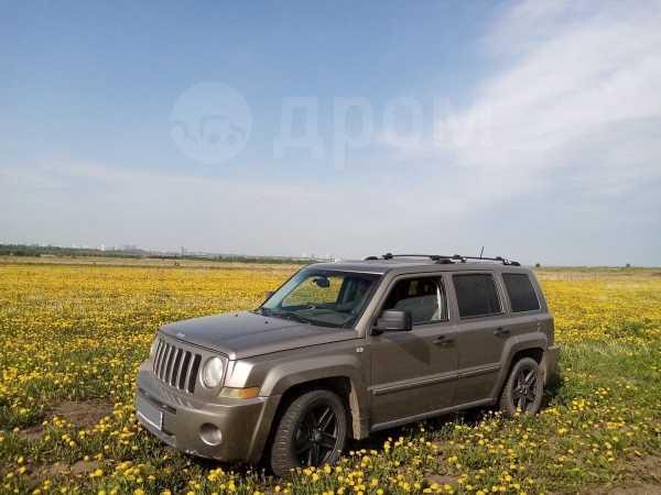 Jeep Liberty, 2007 год, 380 000 руб.