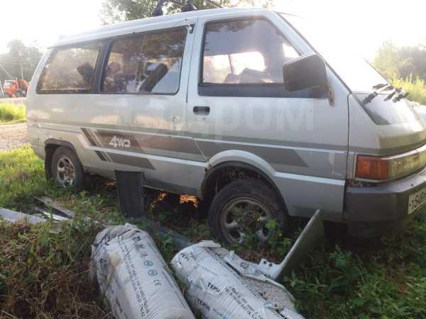 Nissan Largo, 1989 год, 65 000 руб.