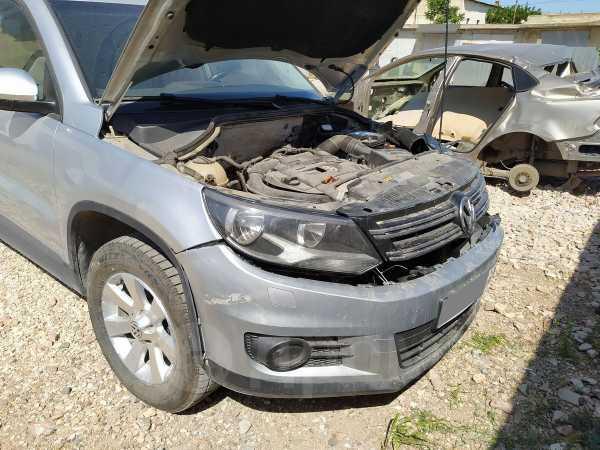 Volkswagen Tiguan, 2013 год, 410 000 руб.