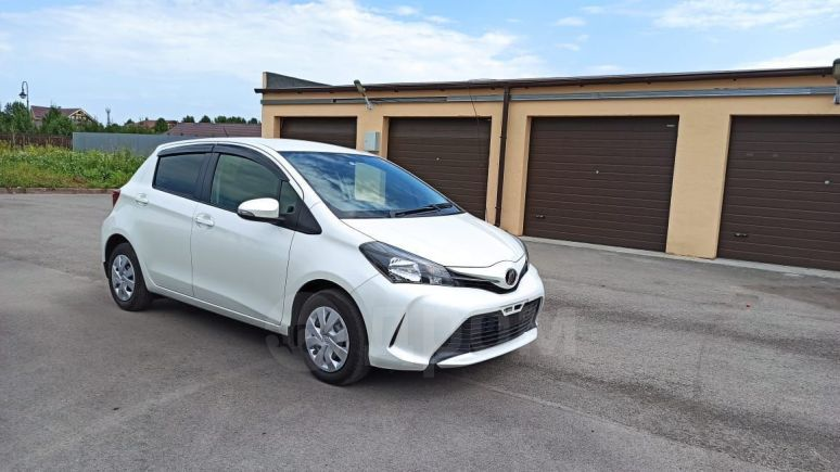 Toyota Vitz, 2016 год, 542 000 руб.