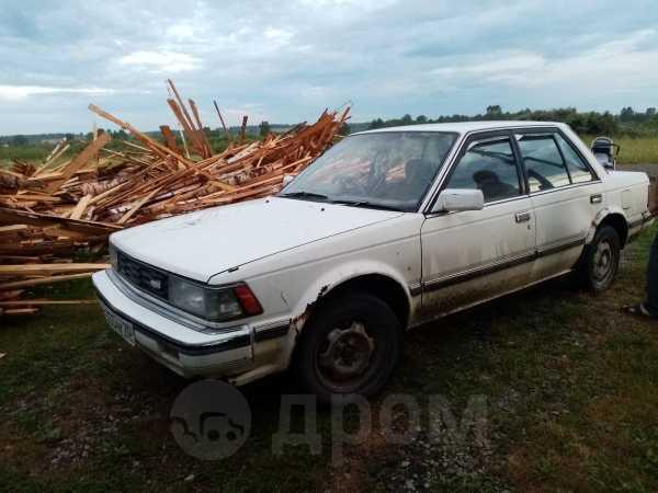 Nissan Bluebird, 1985 год, 25 000 руб.