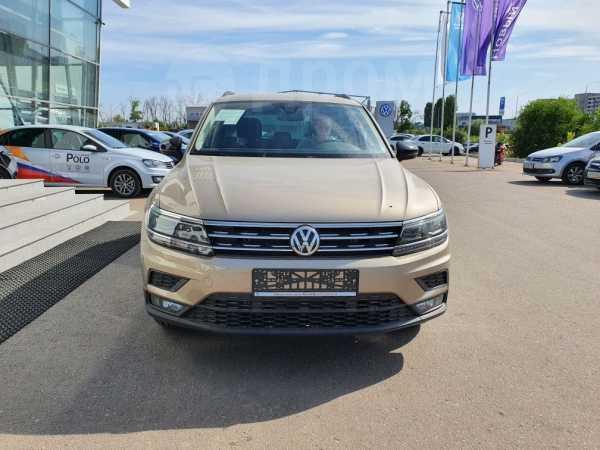Volkswagen Tiguan, 2020 год, 2 370 700 руб.