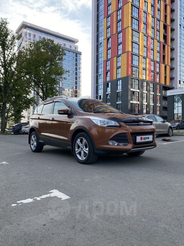 Ford Kuga, 2014 год, 672 000 руб.