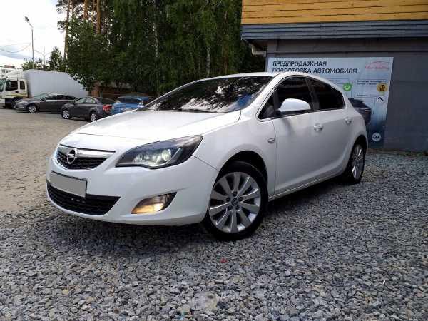 Opel Astra, 2011 год, 428 000 руб.