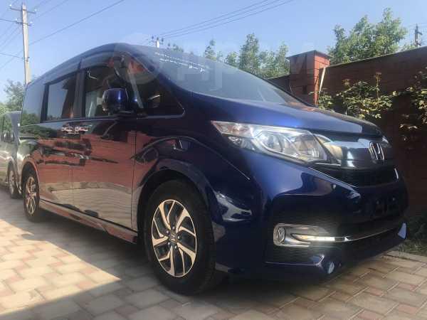 Honda Stepwgn, 2015 год, 1 380 000 руб.