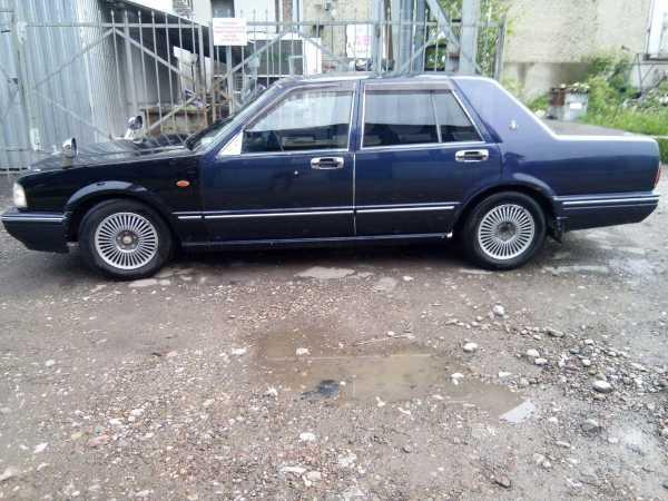 Nissan Cedric, 2002 год, 180 000 руб.