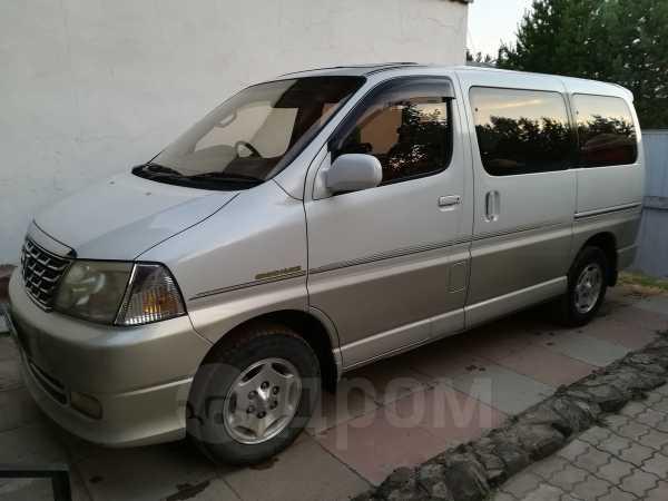 Toyota Grand Hiace, 2002 год, 270 000 руб.