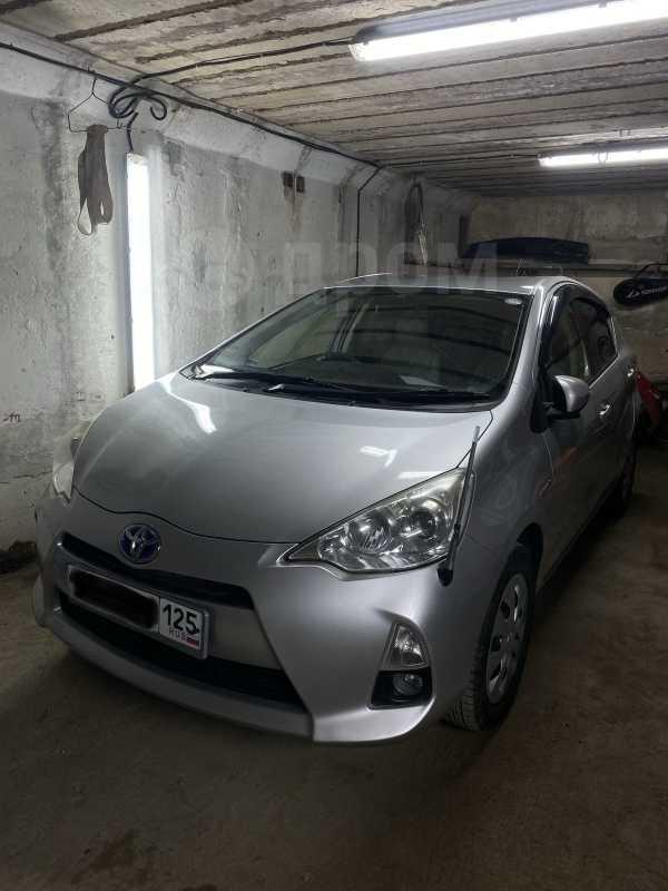Toyota Aqua, 2012 год, 515 000 руб.