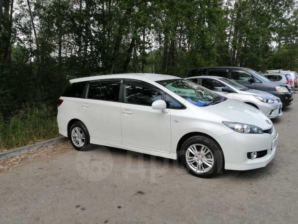 Toyota Wish, 2010 год, 749 000 руб.