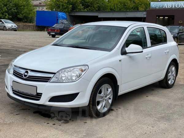 Opel Astra Family, 2012 год, 410 000 руб.