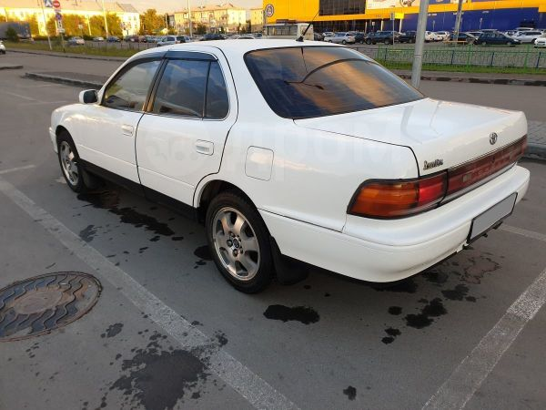 Toyota Vista, 1990 год, 210 000 руб.