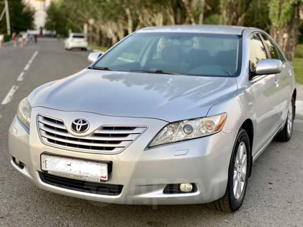 Toyota Camry, 2006 год, 665 000 руб.