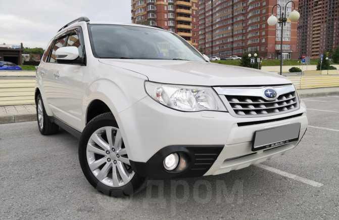 Subaru Forester, 2011 год, 825 000 руб.