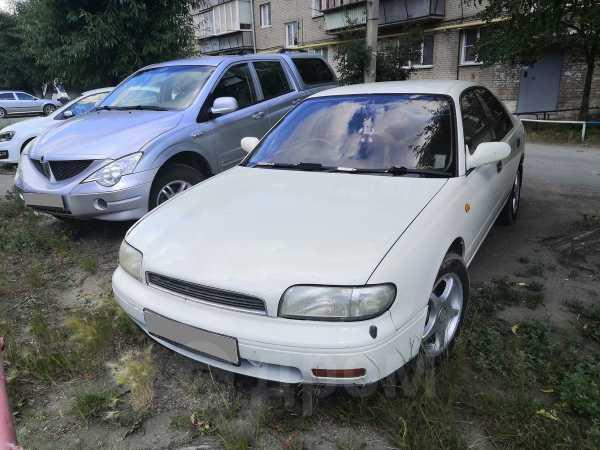 Nissan Bluebird, 1992 год, 115 000 руб.