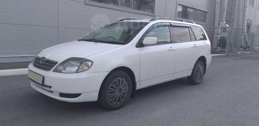Toyota Corolla Fielder, 2000 год, 305 000 руб.