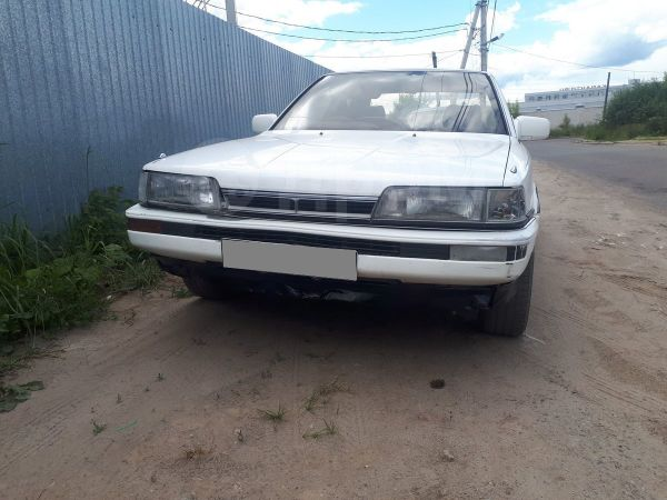 Toyota Camry, 1988 год, 55 000 руб.