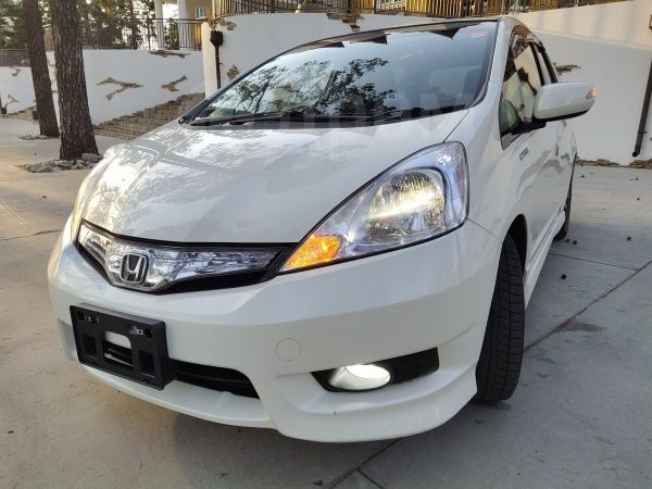 Honda Fit Shuttle, 2011 год, 598 000 руб.