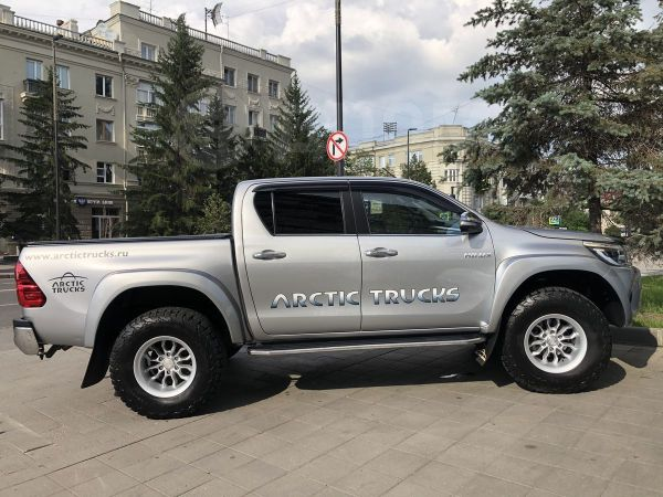 Toyota Hilux Pick Up, 2016 год, 2 180 000 руб.