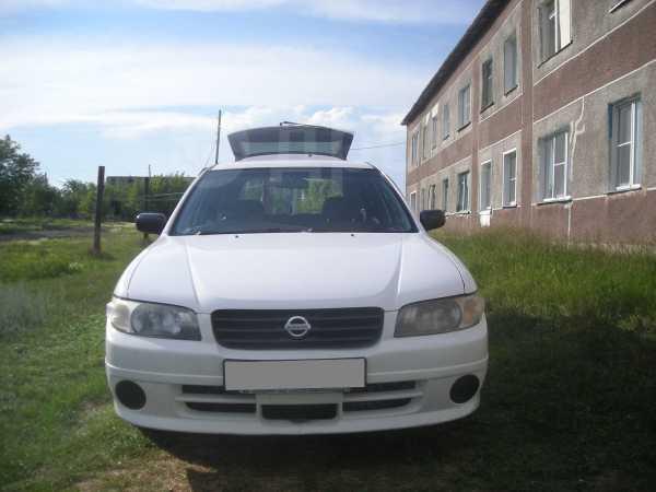 Nissan Expert, 2003 год, 235 000 руб.