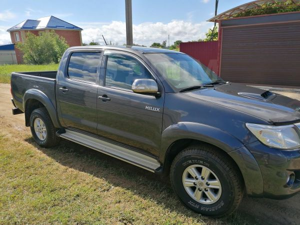 Toyota Hilux Pick Up, 2015 год, 1 420 000 руб.
