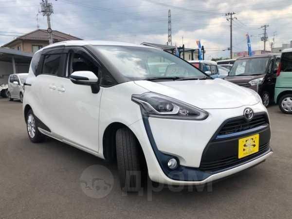 Toyota Sienta, 2017 год, 850 000 руб.