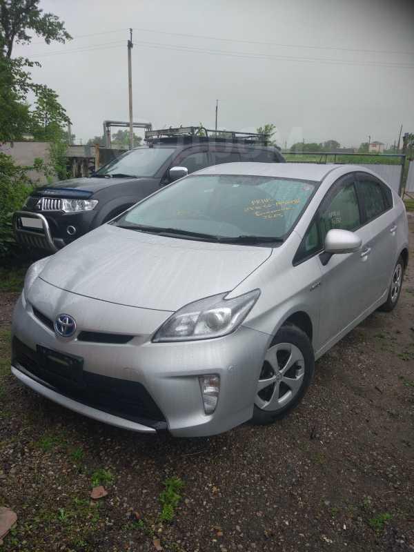 Toyota Prius, 2015 год, 910 000 руб.