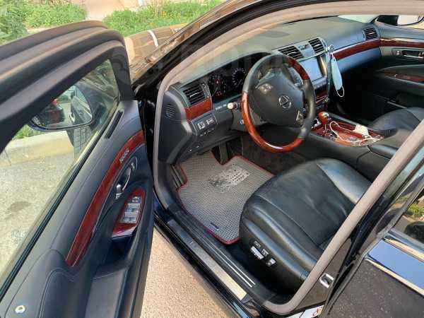 Lexus LS600h, 2007 год, 1 000 000 руб.