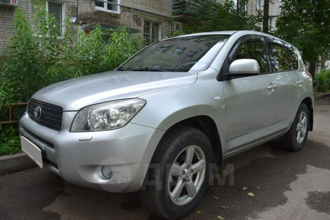Toyota RAV4, 2007 год, 676 000 руб.