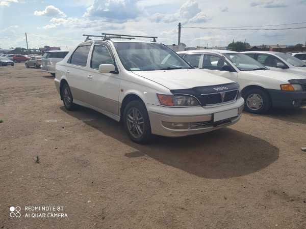 Toyota Vista, 2000 год, 285 000 руб.