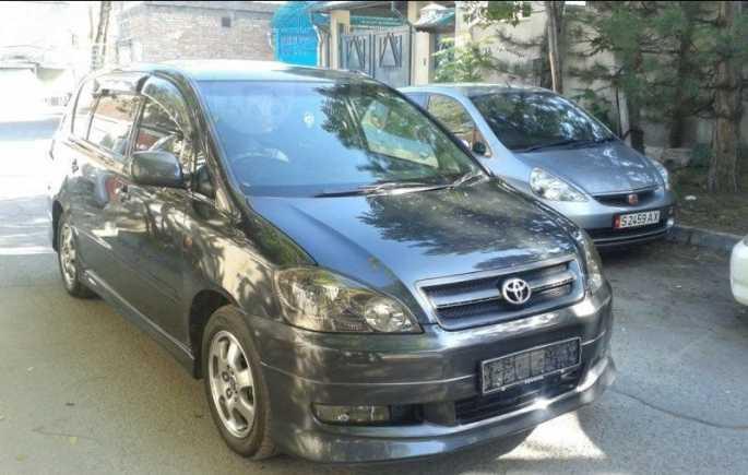 Toyota Ipsum, 2002 год, 110 000 руб.