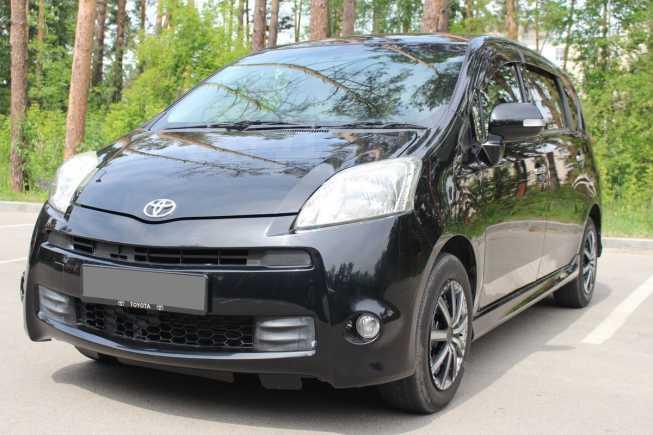 Toyota Passo Sette, 2010 год, 589 000 руб.