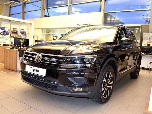 Volkswagen Tiguan, 2020 год, 2 199 900 руб.