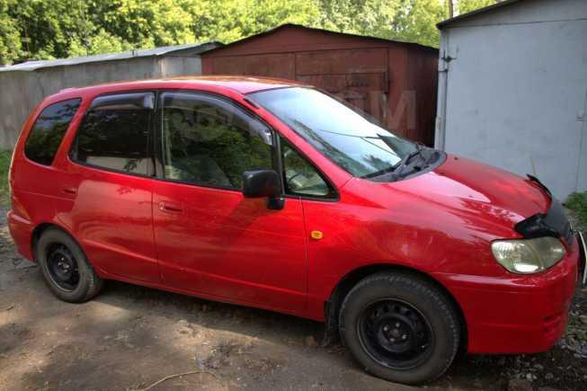 Toyota Corolla Spacio, 2001 год, 270 000 руб.