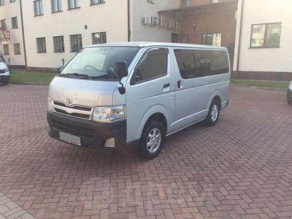 Toyota Hiace, 2010 год, 950 000 руб.