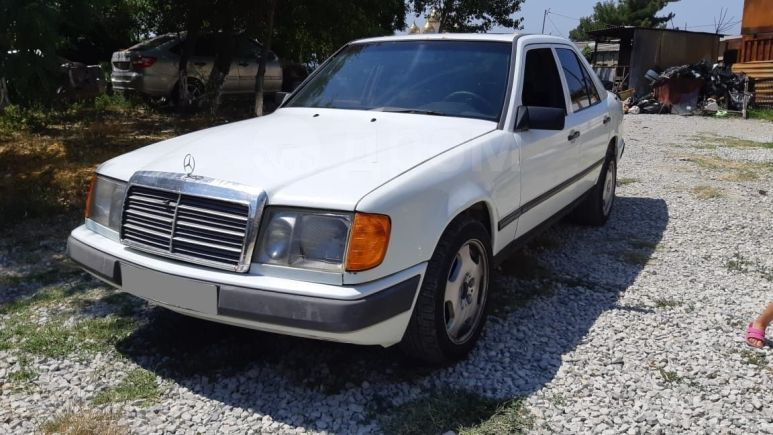 Mercedes-Benz Mercedes, 1988 год, 75 000 руб.