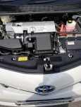 Toyota Prius a, 2012 год, 910 000 руб.