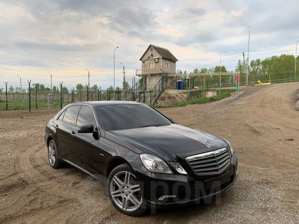 Mercedes-Benz E-Class, 2010 год, 940 000 руб.