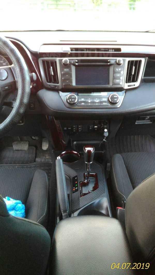 Toyota RAV4, 2013 год, 1 050 000 руб.