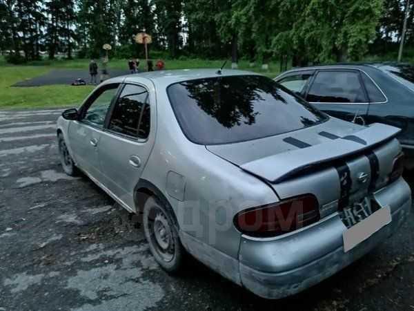 Nissan Bluebird, 1992 год, 25 000 руб.