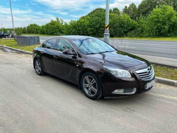 Opel Insignia, 2011 год, 495 000 руб.