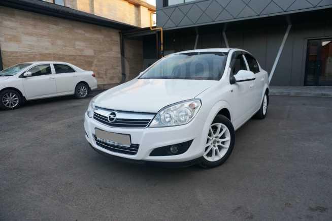 Opel Astra Family, 2011 год, 420 000 руб.