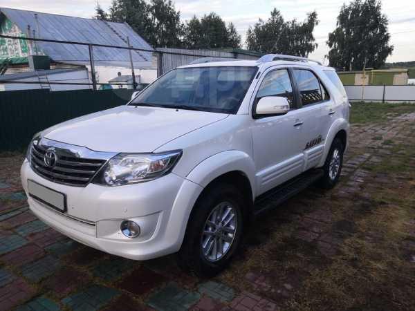 Toyota Fortuner, 2012 год, 1 390 000 руб.