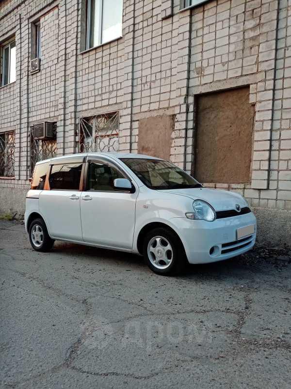 Toyota Sienta, 2005 год, 325 000 руб.
