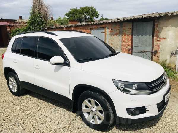 Volkswagen Tiguan, 2012 год, 620 000 руб.