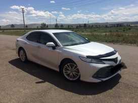 Кызыл Toyota Camry 2019