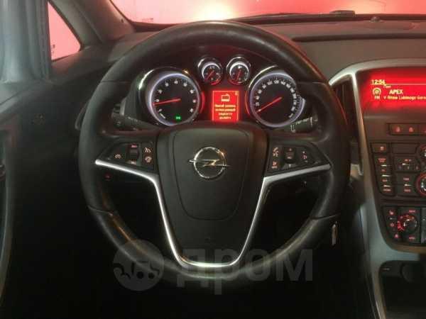 Opel Astra, 2014 год, 569 900 руб.