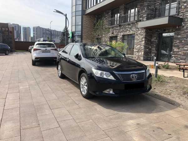Toyota Camry, 2012 год, 1 158 000 руб.
