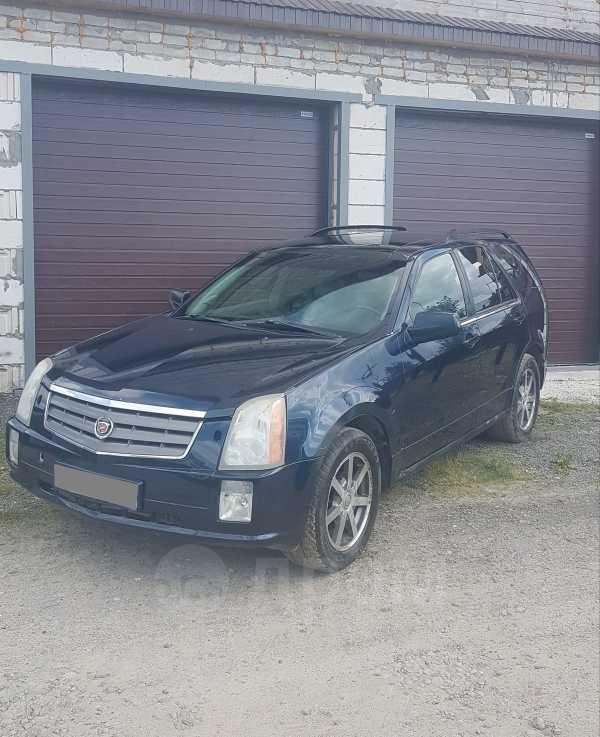 Cadillac SRX, 2004 год, 415 000 руб.